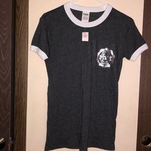 New with tag pink T-shirt gray extra small
